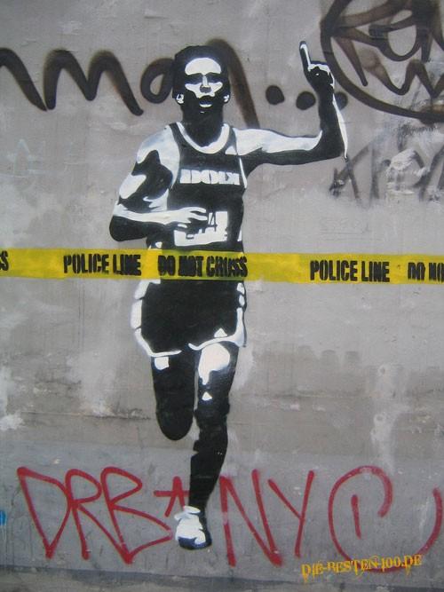 Die besten 100 Bilder in der Kategorie graffiti: Police Line - Do not cross