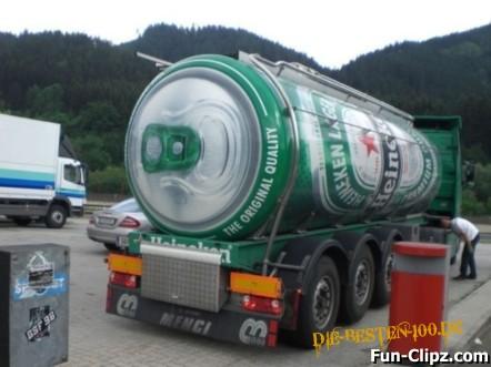 Die besten 100 Bilder in der Kategorie werbung: Heineken-Bierdosen-Werbung-Bierlaster