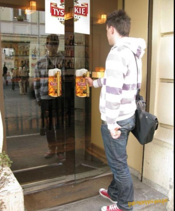 Die besten 100 Bilder in der Kategorie werbung: Bier-Maß-Tür-Griff