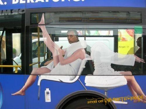 Die besten 100 Bilder in der Kategorie werbung: Bus-Werbung - optische Täuschung