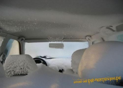 Die besten 100 Bilder in der Kategorie shit_happens: Schnee-Auto - Eingeschneit - Bitte lass das Koks sein!