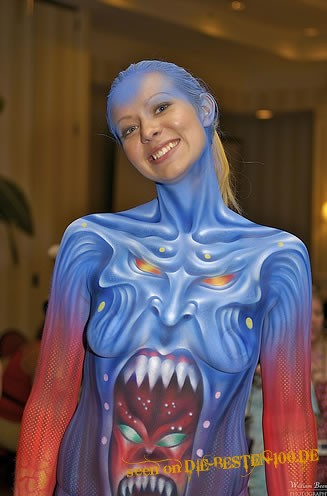 Die besten 100 Bilder in der Kategorie bodypainting: Monster in Monster Bodypainting