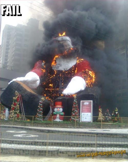 Die besten 100 Bilder in der Kategorie shit_happens: Santa is burning - FAIL