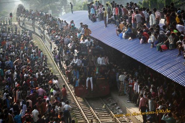 Die besten 100 Bilder in der Kategorie transport: Zug in Pakistan - Wo bitte ist die erste Klasse?