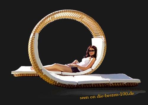 Die besten 100 Bilder in der Kategorie moebel: Designer Looping Liege - auch gut zum quatsch machen