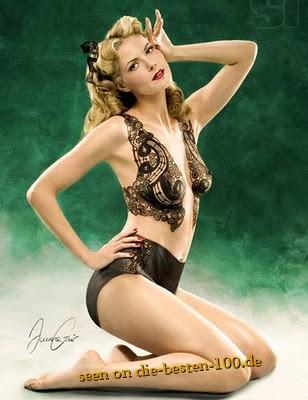 Die besten 100 Bilder in der Kategorie bodypainting: 30er Jahre Style Bodypainting Unterwäsche mit Ornamenten - Oldstyle