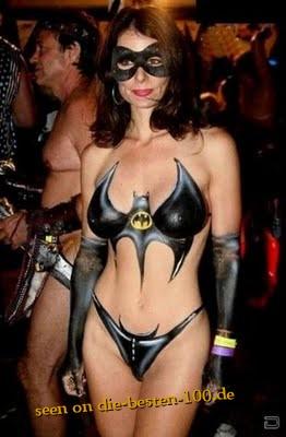 Die besten 100 Bilder in der Kategorie bodypainting: Ich war Böse - Batwomen-Bodypainting