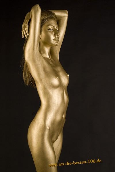 Die besten 100 Bilder in der Kategorie bodypainting: Einfach aber Gut - Simple Gold Bodypainting