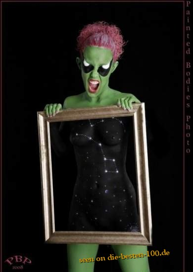 Die besten 100 Bilder in der Kategorie bodypainting: Sternbild im Bild mit Alien Bodypainting