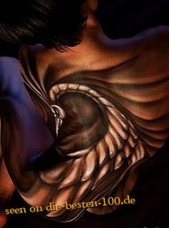 Die besten 100 Bilder in der Kategorie bodypainting: Pfauen-Bodypainting - Body Art