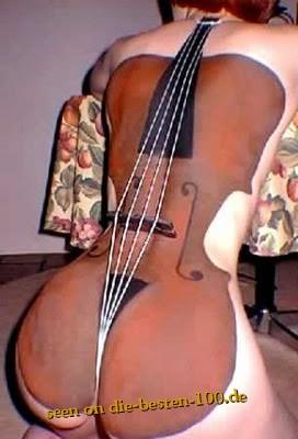 Die besten 100 Bilder in der Kategorie bodypainting: Schönes Cello - Ich nehme Unterricht