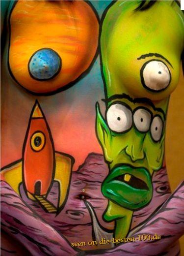 Die besten 100 Bilder in der Kategorie bodypainting: Planets, Aliens and Rocket Bodypainting - Comic-Style