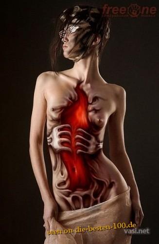 Die besten 100 Bilder in der Kategorie bodypainting: Horror Hölle Bodypainting