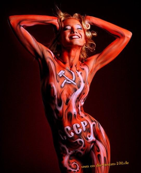 Die besten 100 Bilder in der Kategorie bodypainting: CCCP Bodypainting - Kommunistisches Bodypainting
