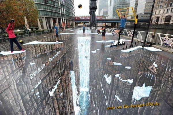 Die besten 100 Bilder in der Kategorie strassenmalerei: 3D Reebock Commercial Street Painting Art
