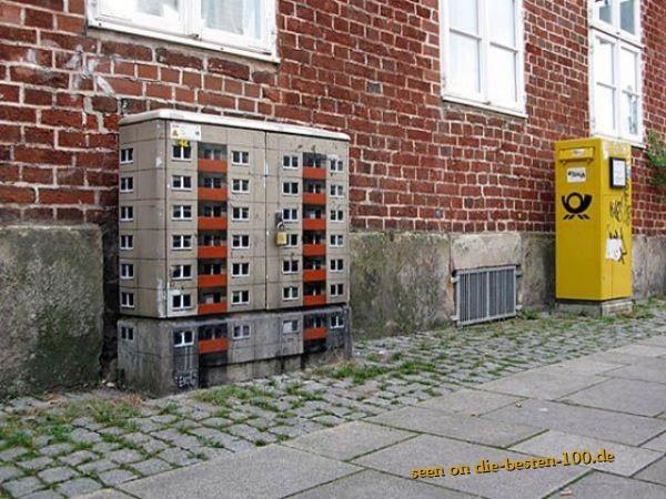 Die besten 100 Bilder in der Kategorie graffiti: Hochhaus Stromkasten Grafitti