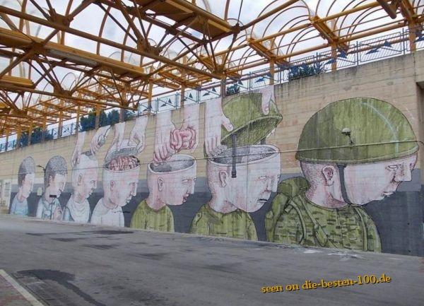 Die besten 100 Bilder in der Kategorie graffiti: Hirnlose Soldaten Graffiti
