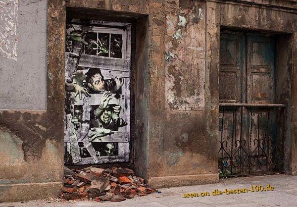Die besten 100 Bilder in der Kategorie graffiti: Zombie Door Graffiti