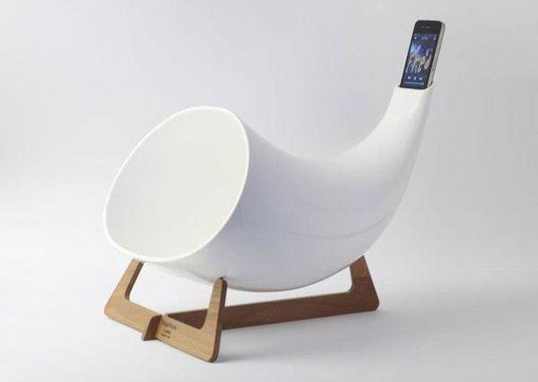 Die besten 100 Bilder in der Kategorie clever: iPod/iPhone Alphorn Lautsprecher