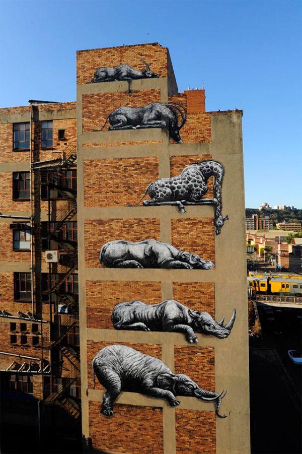 Die besten 100 Bilder in der Kategorie graffiti: Zoo Tiere auf Hauswand