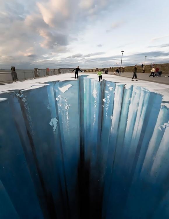 Die besten 100 Bilder in der Kategorie strassenmalerei: 3D  Eis-Loch Strassen Kunst
