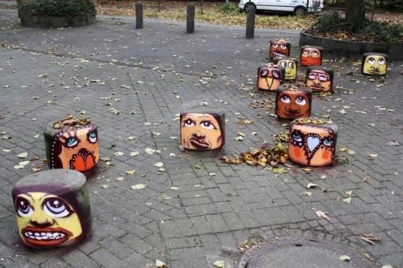 Die besten 100 Bilder in der Kategorie graffiti: Beton Köpfe Grafitti