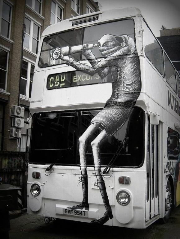Die besten 100 Bilder in der Kategorie graffiti: Creative Graffiti on Bus