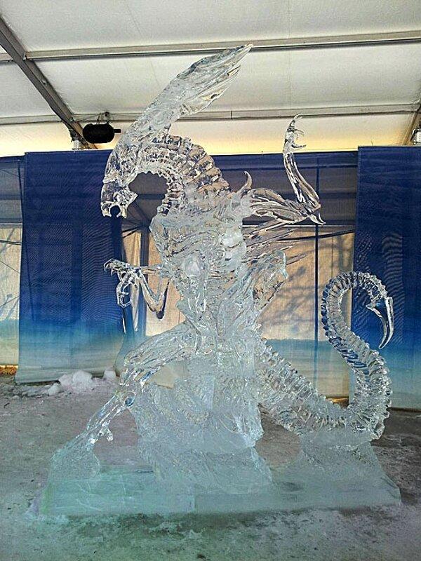 Die besten 100 Bilder in der Kategorie kunst: Alien Eis Skulptur Kunst