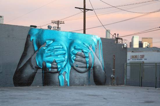 Die besten 100 Bilder in der Kategorie graffiti: Sexy Colorful Titti Graffiti