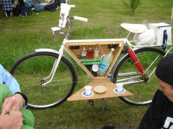 fahrraeder picnic fahrrad mit minibar die besten 100. Black Bedroom Furniture Sets. Home Design Ideas