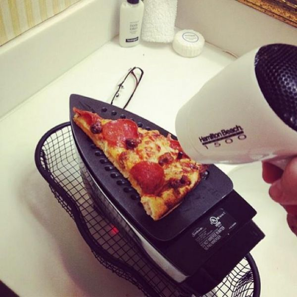 Die besten 100 Bilder in der Kategorie clever: Pizza Fön mit Bügeleisen