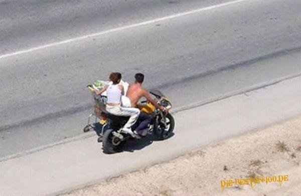 Die besten 100 Bilder in der Kategorie transport: Shopping mit Motorrad