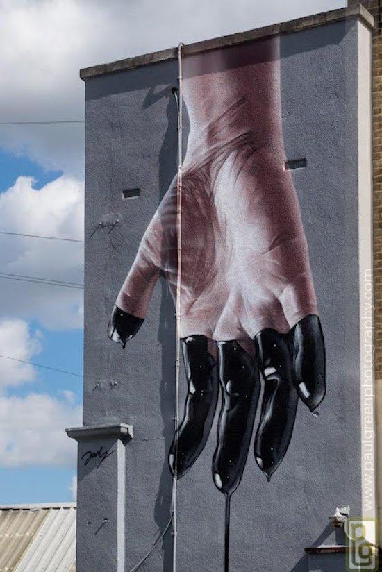 Die besten 100 Bilder in der Kategorie graffiti: schmutzig, Finger, grafitti, Hauswand, realistisch