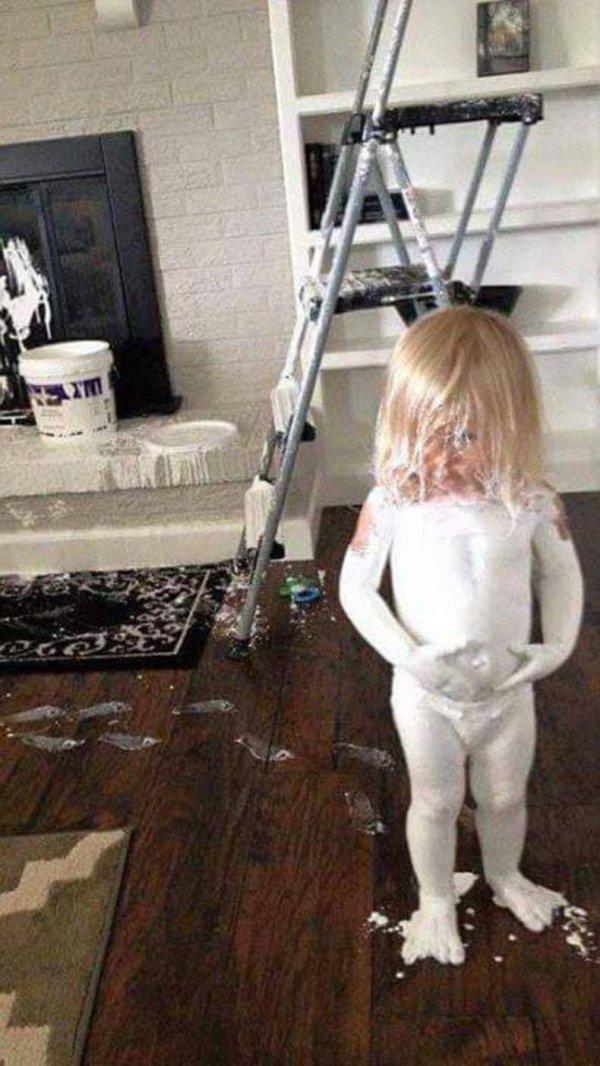 Die besten 100 Bilder in der Kategorie kinder: Farbe, Lack, Weiss, Kind, putzen