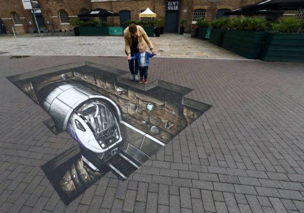 Die besten 100 Bilder in der Kategorie strassenmalerei: Straßenmalerei, 3D, optische Täuschung, U-Bahn, Effekt