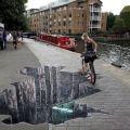 Die besten Bilder in der Kategorie strassenmalerei: Straßenmalerei Loch auf Gehweg