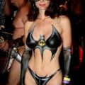 The Best Pics:  Position 74 in  - Funny  : Ich war Böse - Batwomen-Bodypainting