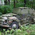 Die besten Bilder in der Kategorie kunst: Hoher Verbrach - 10Tonnen Stein-Auto