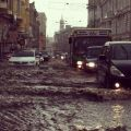 Die besten Bilder in der Kategorie Vote: Aquaplaning possible - Flooded City
