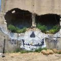 Die besten Bilder in der Kategorie graffiti: Skull, ruin, house, grafitti, hole, holes